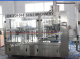 機械装置をびん詰めにするフルオートマチックの炭酸清涼飲料