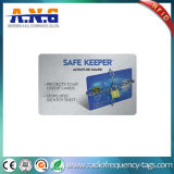 カードを妨げるRFIDの札入れは個人情報を保護する