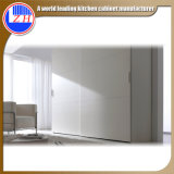 (customzied) Hotel Furniture를 위한 광택 있는 White Wood Wardrobe
