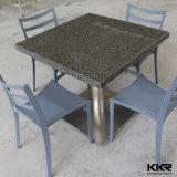 Новая таблица и стул самомоднейшей конструкции искусственная каменная обедая