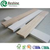 بيضاء [جسّو] يشحن داخليّة سقف أرضية قولبة خشبيّ
