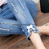 Calças de mulher de jeans de alta qualidade Slim Denim Ripped Ladies Ninth Jeans