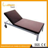 Im Freien Swimmingpool-justierbarer stützender Form-Rattan-Strand-Stuhl für Rad