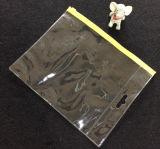 Belüftung-Plastikkursteilnehmer müssen Reißverschluss-Beutel archivieren