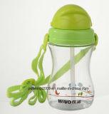 BPA liberano la grande bottiglia di acqua di sport dei capretti con paglia molle