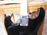 Гитара твердой древесины электрическая