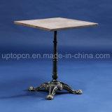 木のテーブルの上および型様式表の足(SP-RT562)を搭載する正方形のレストランの家具表