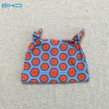 カスタムサイズの赤ん坊の摩耗によってとかされる綿の赤ん坊の帽子