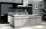 Mobília moderna lustrosa da cozinha