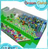 Le favori d'enfants badine la cour de jeu molle d'intérieur de parc à thème d'intérieur