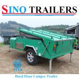 weg von Road Camper Trailer mit Camping Tent