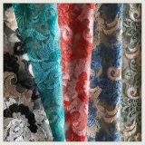 衣服のためのナイロン網の刺繍のレースのテュルの刺繍のレース