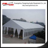 Salon de tente de mariage de 200 pieds avec éclairage décoré de draperie