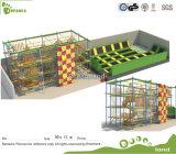 Brinquedos para a casa de salto do curso de obstáculo do equipamento do parque de diversões dos miúdos
