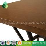 新しいモデルの鉄骨フレームの純木の上の正方形のコーヒーテーブル