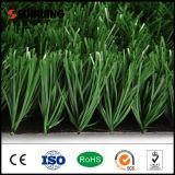 Alfombra artificial de la hierba del verde segundo del PE del balompié material de la mano