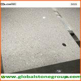 Partes superiores cinzentas da pedra de quartzo para o banco da bagagem do hotel
