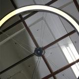 Серое графита отлакированное вокруг потолочного освещения с прокладкой СИД