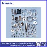 Fabricante fazendo à máquina das peças do CNC para componentes mecânicos