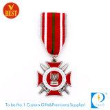 A polícia militar feita sob encomenda da lembrança de China honra a medalha
