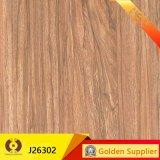 La fábrica de madera directa aspecto rústico del suelo de azulejo de cerámica (J26304)