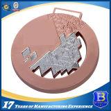 Золотая медаль с гравировкой логоса клиента 3D