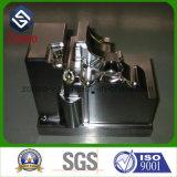 Fábrica que processa a fabricação de metal das peças de maquinaria do CNC da elevada precisão