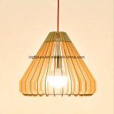 Lampadario a bracci decorativo di legno creativo della capsula LED di DIY