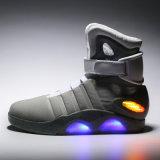 ベストセラーOEM ODMの方法高い上のスポーツの靴LEDの軽い靴の男女兼用の照明靴