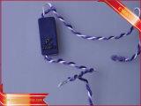Étiquette en plastique de chaîne de caractères d'étiquette de joint de vêtement avec le logo argenté
