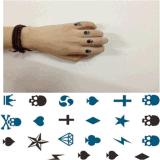 Etiquetas engomadas temporales impermeables del tatuaje del póker de moda del cráneo