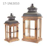 Vintage antigo com porta e o suporte pequenos de lanternas de madeira