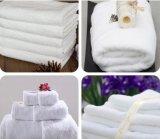 Consegna sui tovaglioli del cotone della pianura di tempo per l'hotel