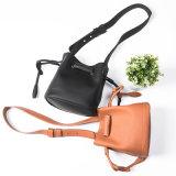 Alla moda d'avanguardia della signora di sacchetto di cuoio di Crossbody del sacchetto della benna di modo borsa popolare