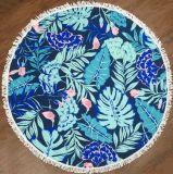 Листья делают по образцу полотенце пляжа круглой формы