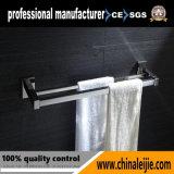 Штанга полотенца вспомогательного оборудования ванной комнаты высокого качества установленная стеной двойная