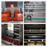 機械を作る自動プラテンの型抜き及び折り目が付くカートンボックス