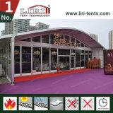 2000 Zaal van de Tent van Arcum van de Spanwijdte van mensen de Grote Duidelijke met de Muur van het Glas, het Centrum van de Markttent van het Huwelijk met het Dak van de Boog voor Verkoop