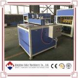 機械を作るポリ塩化ビニールシート