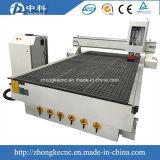 頑丈なベッドの構造1300*2500mm木足CNCのルーター
