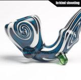 As tubulações coloridas da mão coloriram a tubulação de fumo de vidro de Waterpipe Sherlocks
