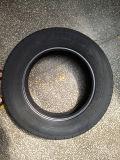 고성능 SUV 타이어 UHP 타이어 LTR 타이어 PCR는 195r15c 195r14c 택시 택시 타이어 175r16c 영구 불변 상표를 피로하게 한다