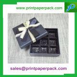 La belle sucrerie de mariage enferme dans une boîte des faveurs douces de cadeau de mariage de boîte-cadeau de cadres de faveur de cadre avec la bande