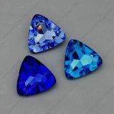 مثلث شكل [أب] لون بلّوريّة نقطة ظهر ميل حجارة