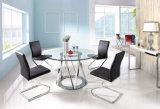 4脚の黒い椅子が付いている現代円形の明確なガラス上のダイニングテーブルセット
