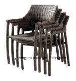 Silla amontonable y vector de la buena calidad del jardín de los muebles de aluminio de mimbre al aire libre cómodos de la rota usar el comedor y el restaurante (YT581)