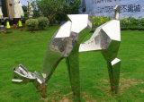Het abstracte Standbeeld van de Herten van het Metaal, het OpenluchtOrnament van het Beeldhouwwerk van het Roestvrij staal van de Tuin