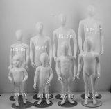 Bambini dei capretti che coprono i Mannequins della fibra di vetro per i Mannequins della visualizzazione finestra/del sarto
