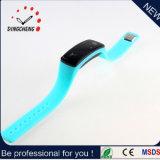 Vigilanze unisex del muto LED del silicone semplice, braccialetto della manopola dell'affissione a cristalli liquidi dello specchio LED del fornitore della vigilanza