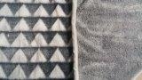 La triangle 3D neuve a gravé la couverture d'ouatine de flanelle/couverture coupée d'ouatine